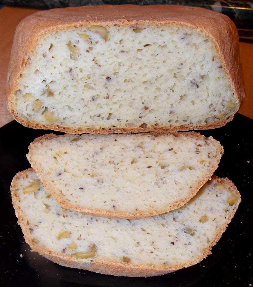 Fokhagymás-olajbogyós kenyér