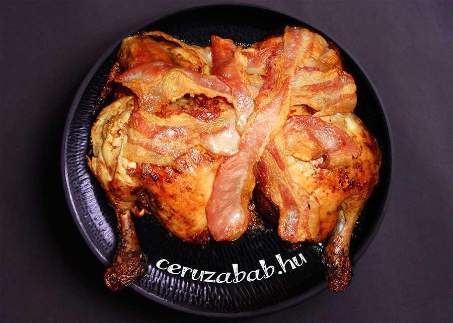 Citromos-fokhagymás csirke baconnel