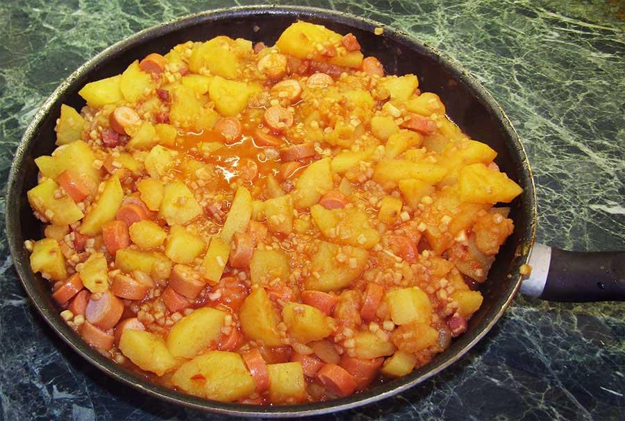 Tarhonyás paprikás krumpli