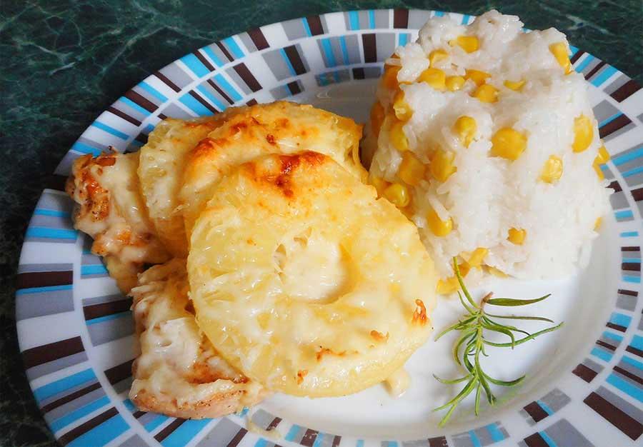 Sajtos-ananászos csirke