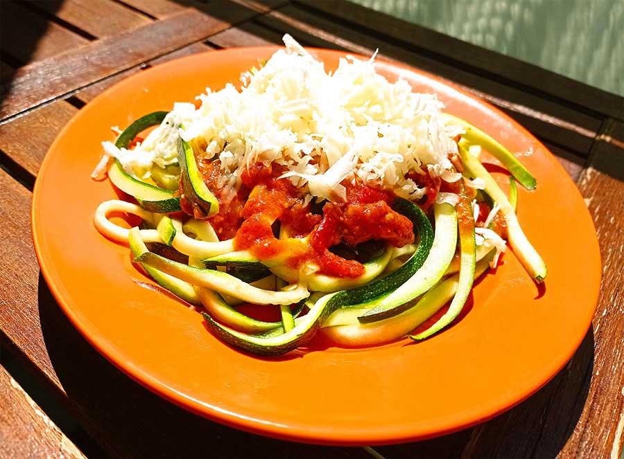 Cukkini spagetti